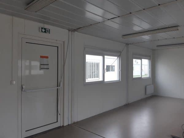 Salle de classe préfabriquée