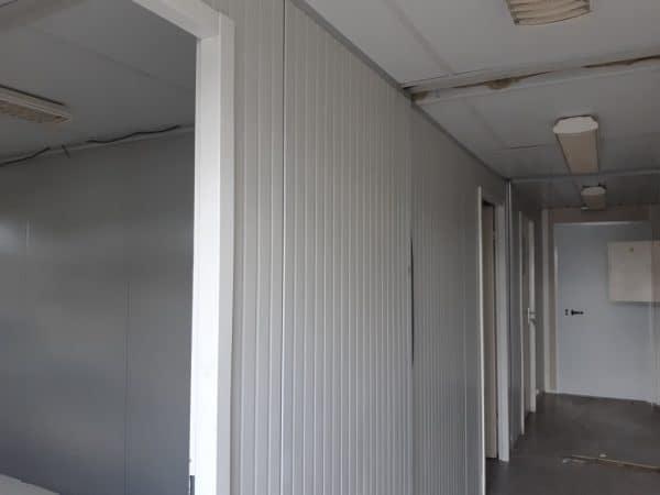 Vestiaires/sanitaires modulaire